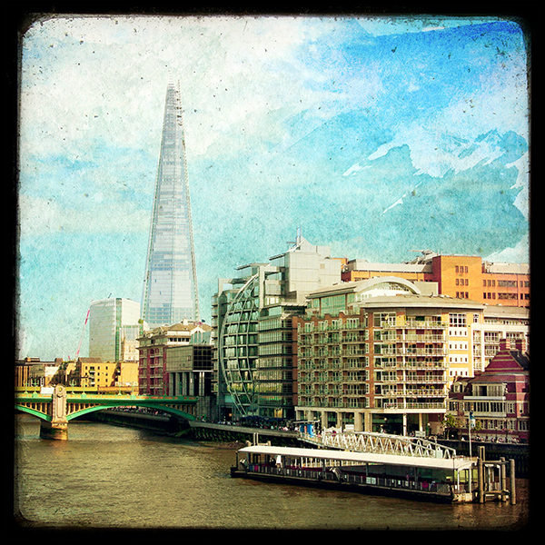 The Shard and The Thames (REF : LON004)